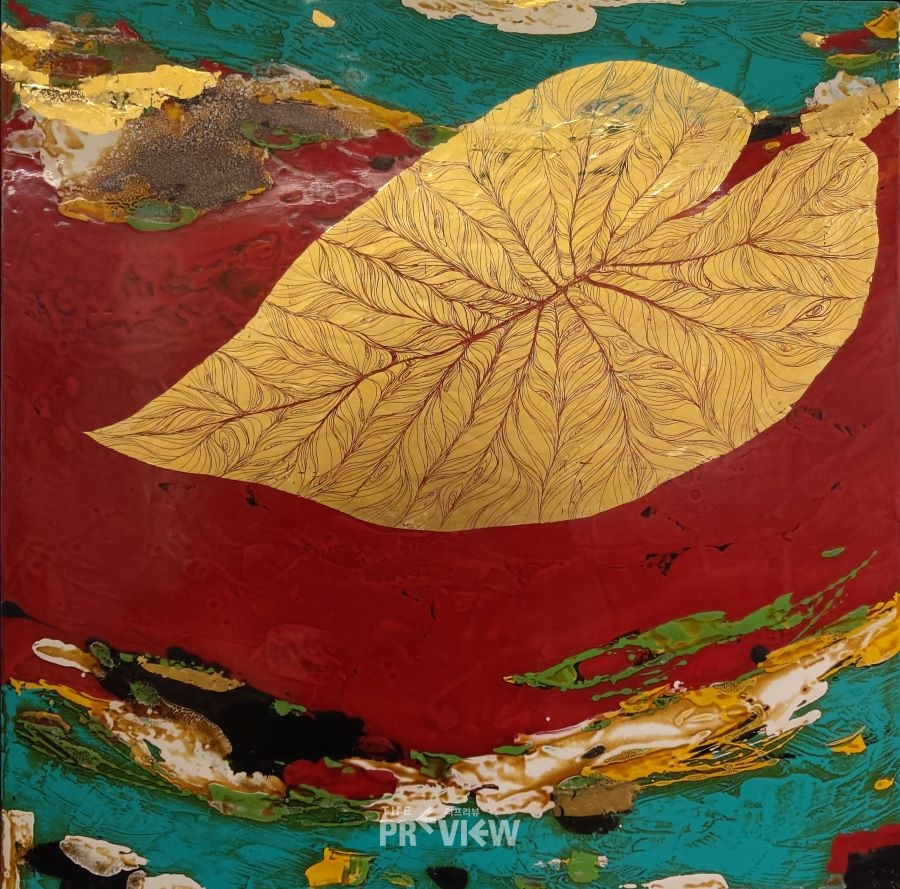 Taro 37_60x60cm_natural lacquer, mother of pearl, gold leaf, mineral pigment on wooden panel, 전인수